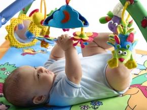 Игрушки своими руками для младенцев 96