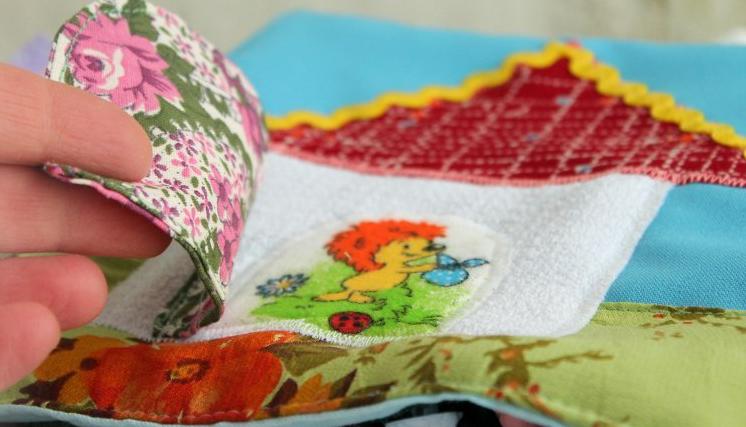 Аппликации паровозика из ткани